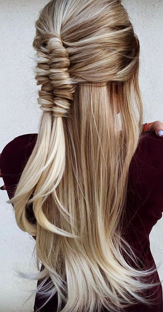 24+ Braid Hairstyles That Really Jazz Up Your Hair : Half up & Infinity braid