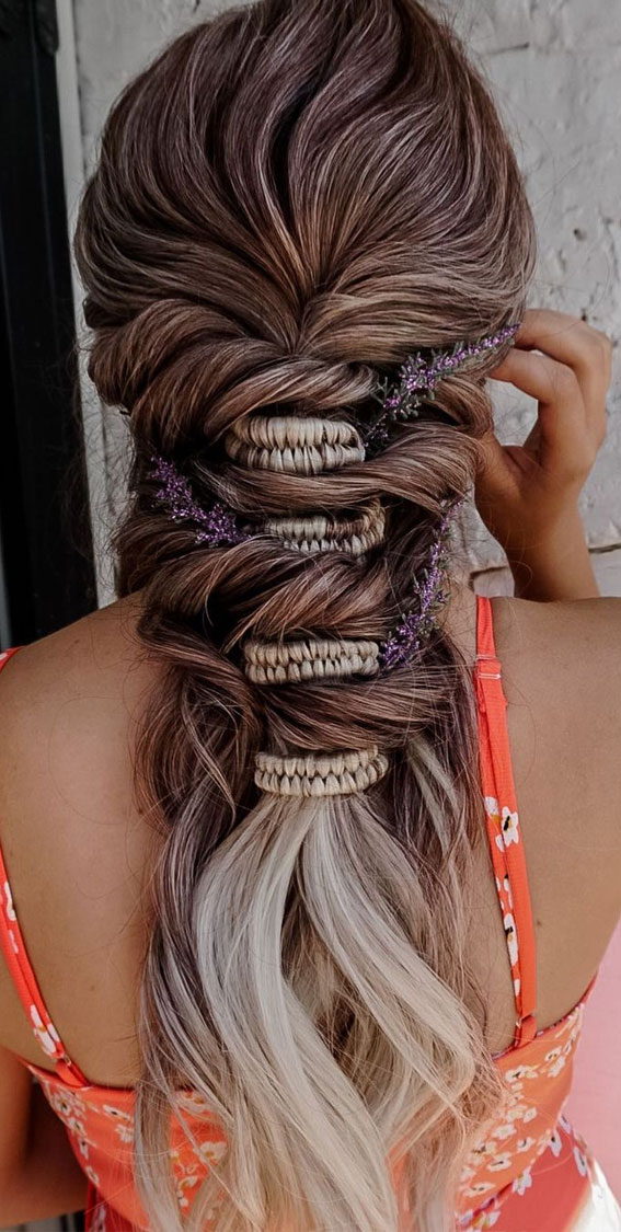 24+ Braid Hairstyles That Really Jazz Up Your Hair : Bohemian Hairstyle with Infinity Braid