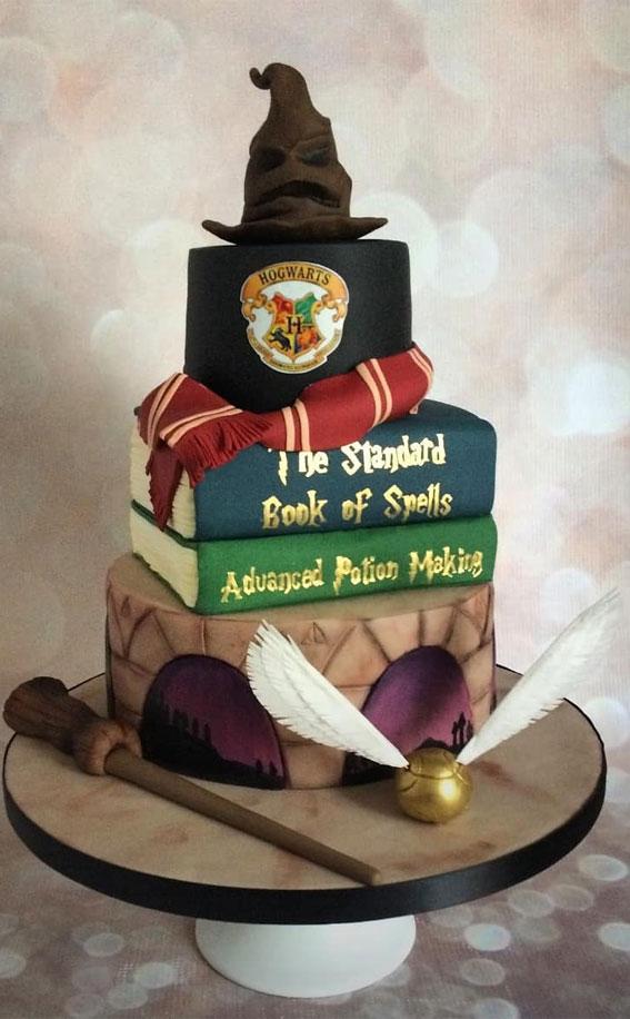 30+ Cute Harry Potter Cake Designs : Harry Potter Hogwarts Cake