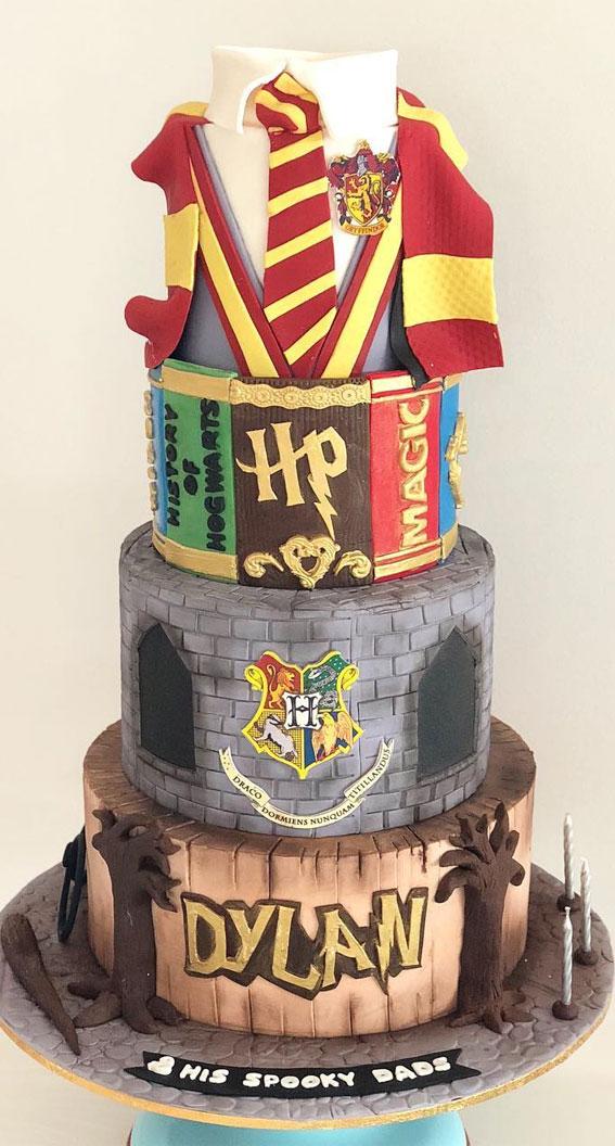 30+ Cute Harry Potter Cake Designs : Hogwarts Harry Potter Birthday Cake