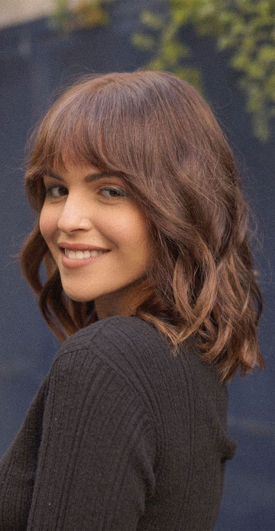 20 Mid length hairstyles With fringe and layers : Soft Shag Haircut