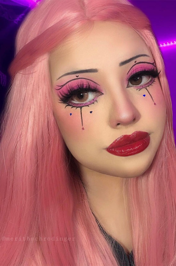 35 Cool Makeup Looks That'll Blow Your Mind : Pink, Graphic Liner & Hear Makeup Look