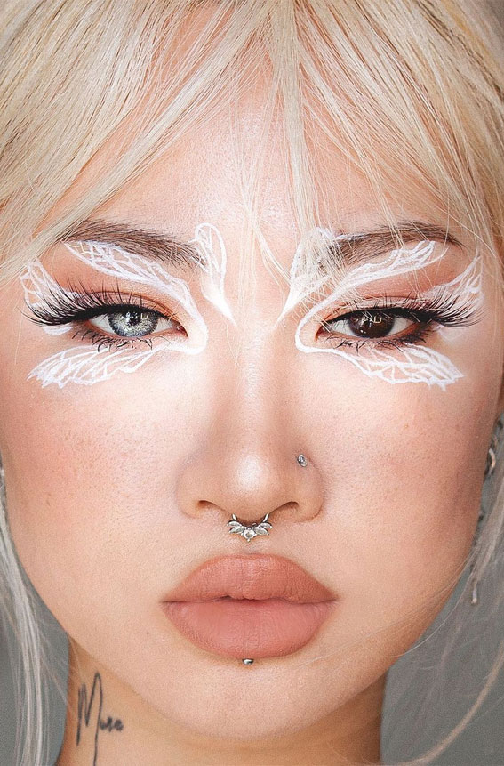 35 Cool Makeup Looks That'll Blow Your Mind : White Fairy Graphic Liner