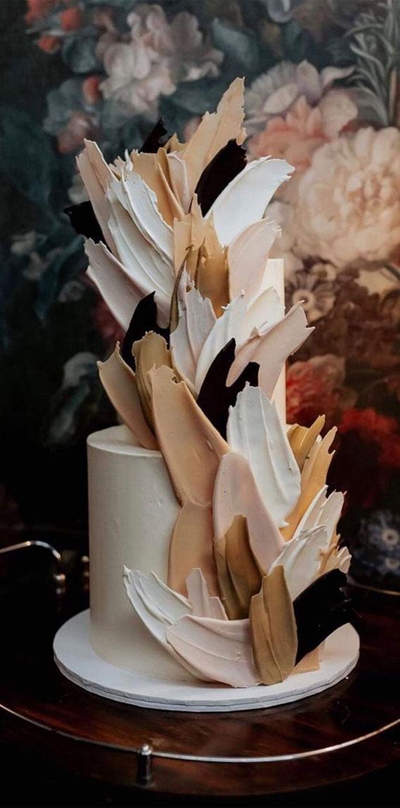 34 Creative Wedding Cakes That Are So Pretty : Brushstroke Wedding Cake