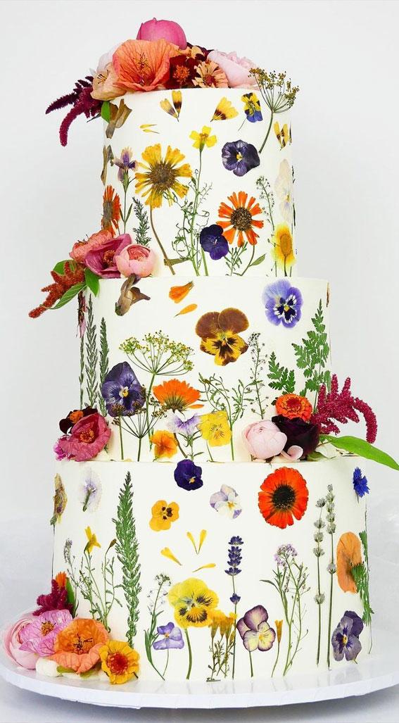 34 Creative Wedding Cakes That Are So Pretty : Edible Flower Wedding Cake