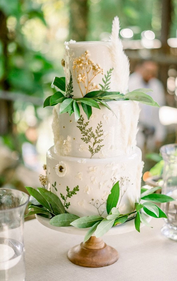 34 Creative Wedding Cakes That Are So Pretty : White cake with greenery