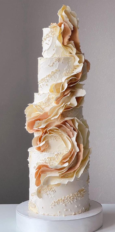 34 Creative Wedding Cakes That Are So Pretty : Sugar Swirl Wedding Cake