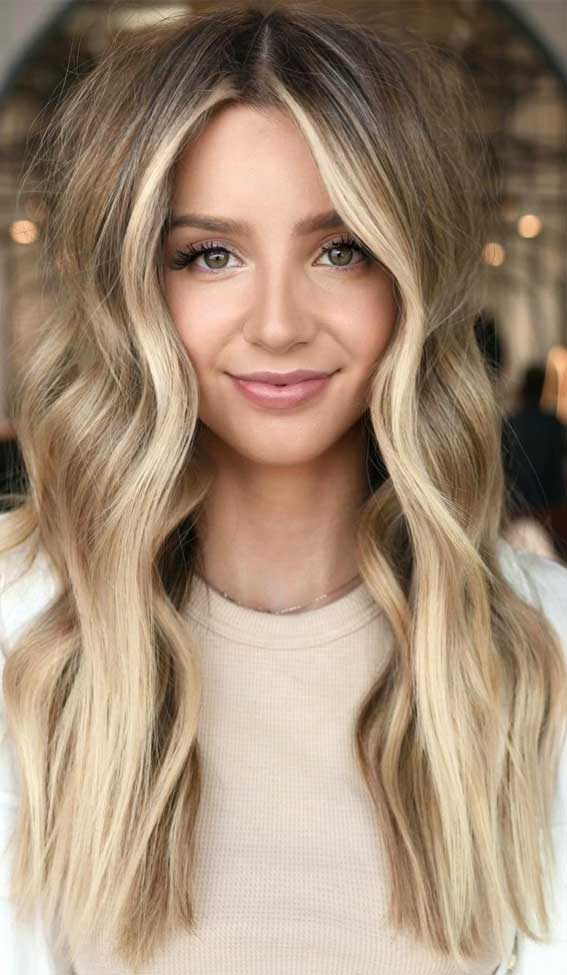 35 Best Fall 2021 Hair Color Trends : Beige and Buttery Blonde Hair Color