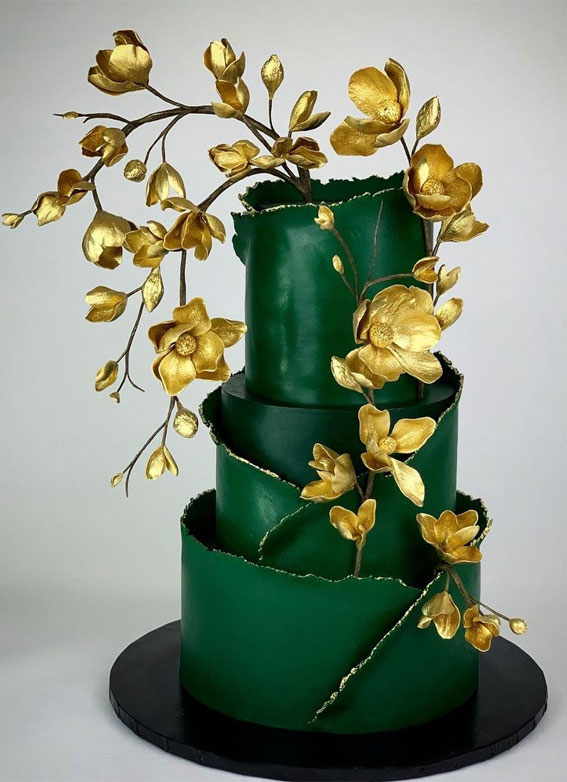 40 Pretty & New Wedding Cake Trends 2021 : Emerald Green Wedding Cake with Gold Leaves