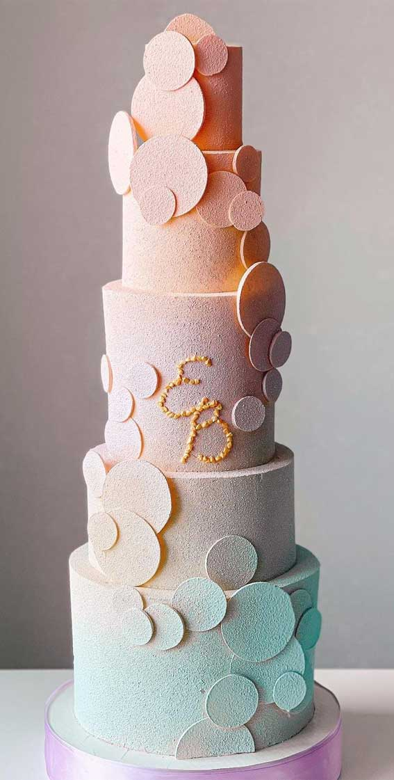 40 Pretty & New Wedding Cake Trends 2021 : Ombre Blue and Pink Modern Wedding Cake