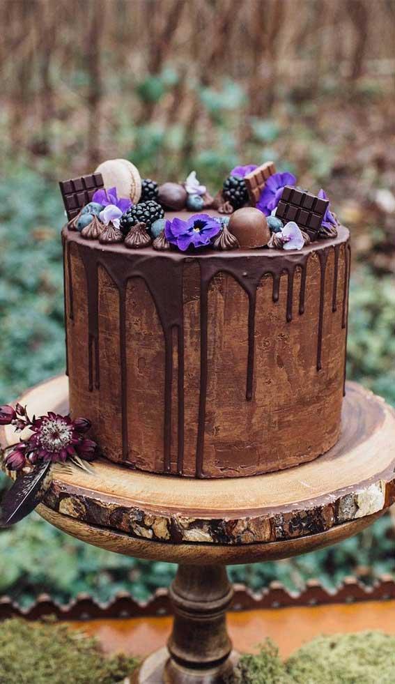 22 Beautiful wedding cakes to inspire you : Woodland Inspired Chocolate Wedding Cake