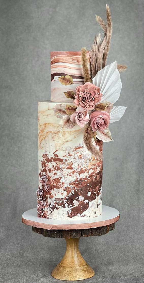 40 Pretty & New Wedding Cake Trends 2021 : Wedding Cake with Shades of brown and shades of textures