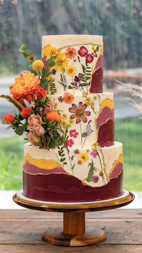 40 Pretty & New Wedding Cake Trends 2021 : Edible Flower Wedding Cake