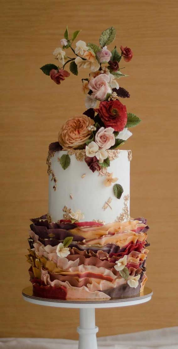 40 Pretty & New Wedding Cake Trends 2021 : Playful and Whimsical Vibes