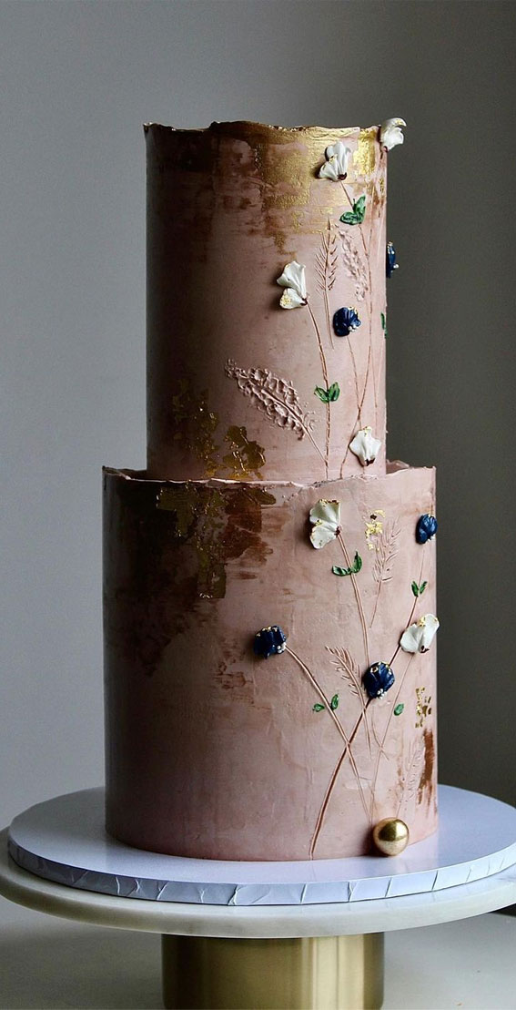 40 Pretty & New Wedding Cake Trends 2021 : Textured Wedding Cake with Tiny Floral Details