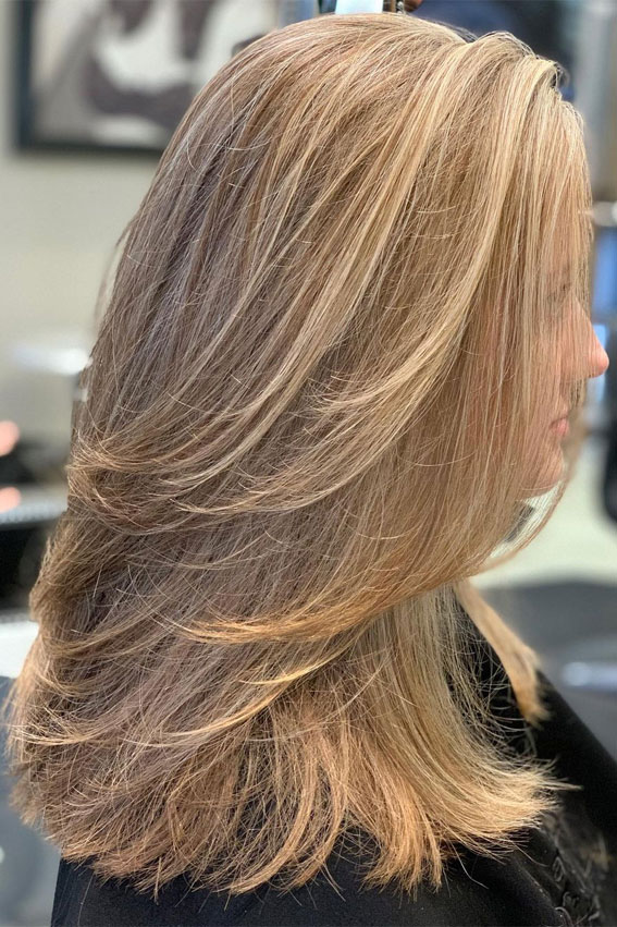 35 Best layered haircuts 2021 : Natural-looking Cascading Blonde Layers