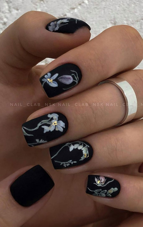 The 42 Nail Trends to Wear for Winter 2021 : Matte Black Flower Nails