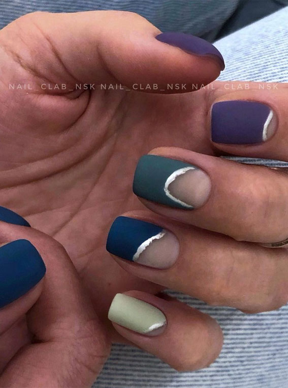 The 42 Nail Trends to Wear for Winter 2021 : Silver Fault Line Nails