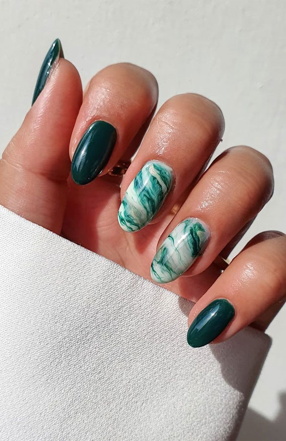 The 42 Nail Trends to Wear for Winter 2021 : Green Marble Nails