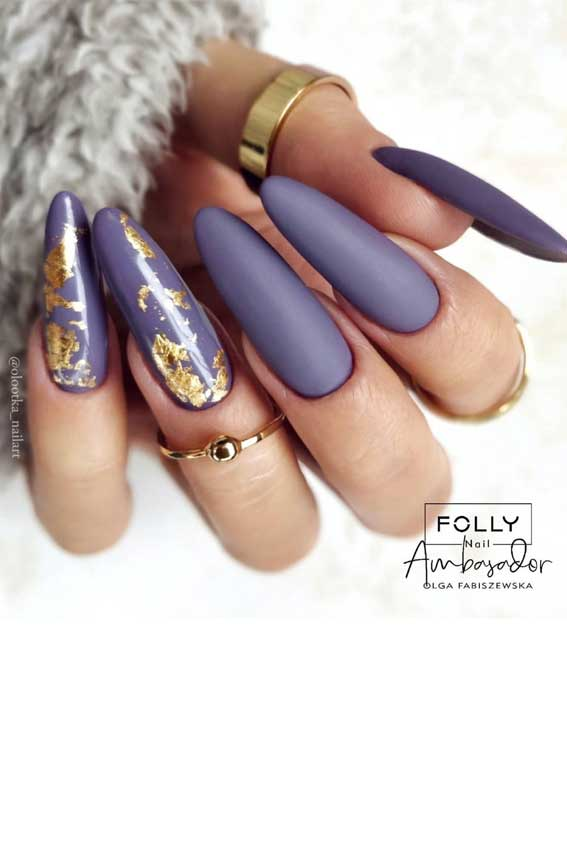 The 42 Nail Trends to Wear for Winter 2021 : Lavender Nails with Gold Foil Details