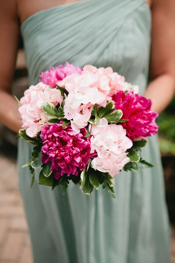 pink wedding bouquet,shades of pink bouquet,shades of pink bridesmaids bouquet