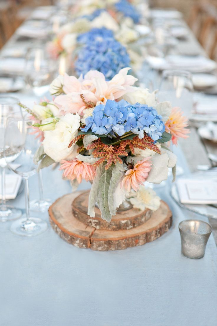 Peach and blue hydrangea centerpiece fab mood wedding
