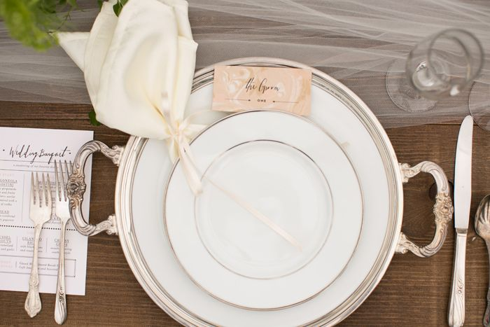 Silver platter place setting, wedding place setting ideas