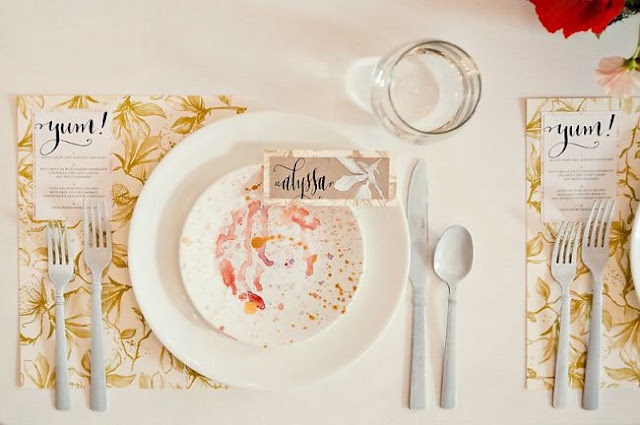 Watercolor wedding place setting fab mood wedding for Wedding place settings ideas