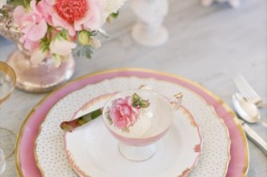 wedding place setting, wedding reception ideas,wedding reception details ideas,pink mismatched antique china wedding table setting