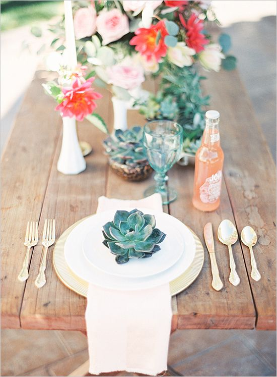 Succulent place settings fab mood wedding colours for Wedding place settings ideas