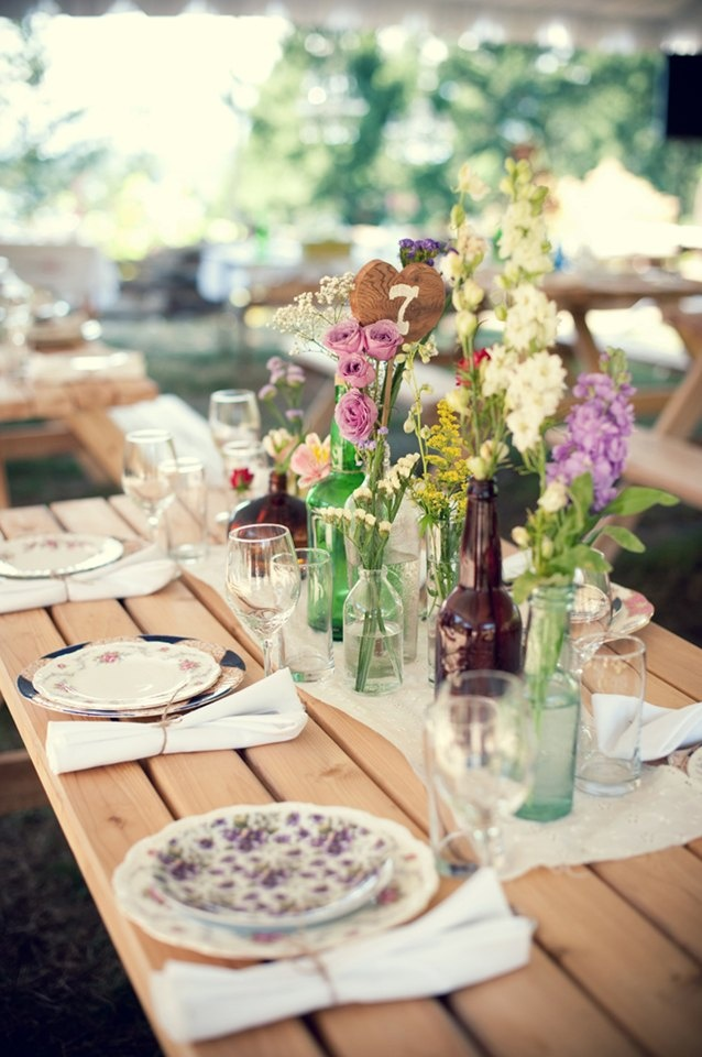 Rustic wedding table setting fab mood wedding colours wedding for the table vintage wedding receptionrustic outdoor wedding table chicrustic wedding table junglespirit Image collections