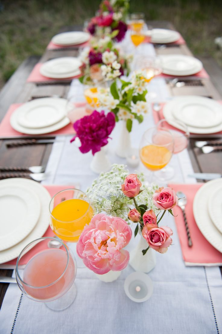 Pink for the table rustic wedding ideas fab mood for Outdoor brunch decorating ideas