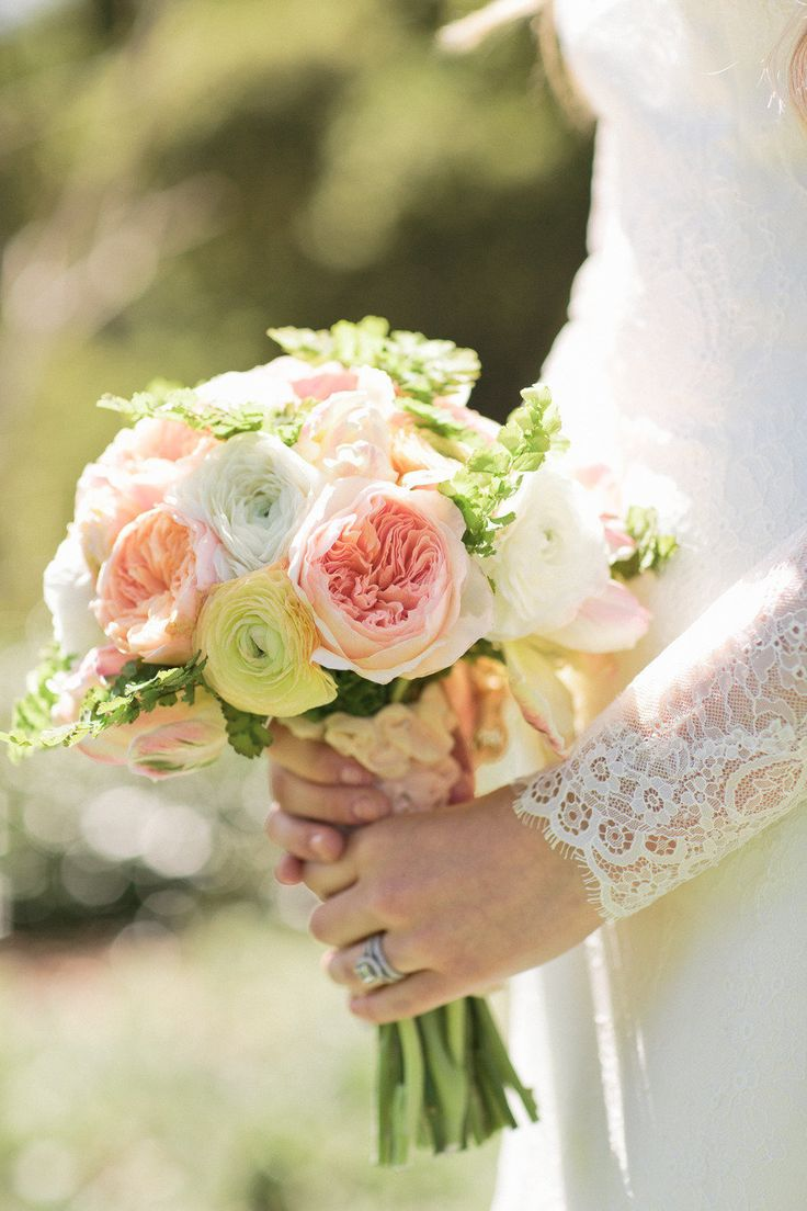 Summery garden rose and ranunculus bouquet fab mood wedding colours wedding themes wedding - Garden rose bouquet ...