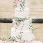 wedding cake with leaves,simple wedding cake