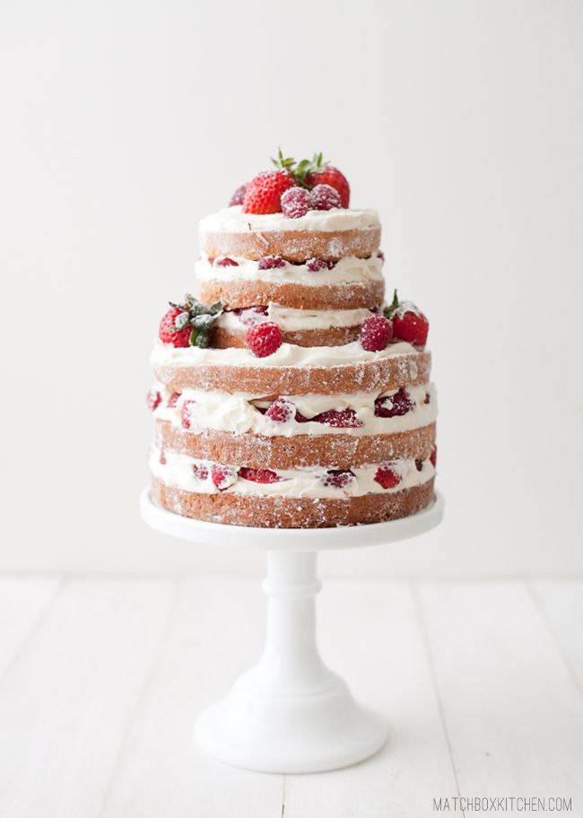 26 naked wedding cakes inspiration