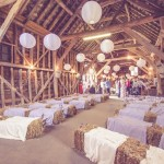 barn wedding ceremoy set up,wedding ceremony in barn,barn wedding ceremony setting