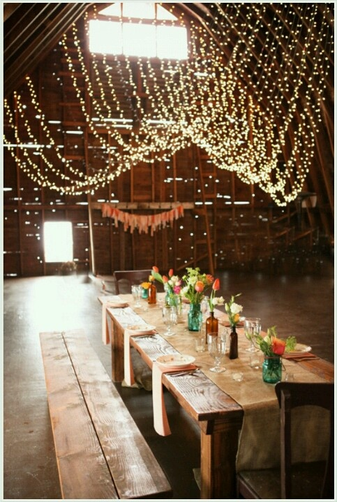 Simple wedding reception ideas rustic wedding reception for Simple wedding decorations for reception