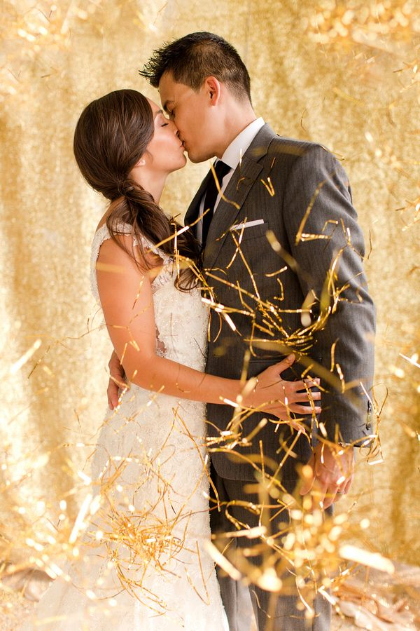 gold tinsel wedding decorations