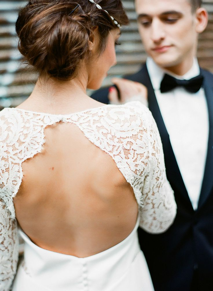 - see more https://www.fabmood.com/open-back-wedding-dresses/