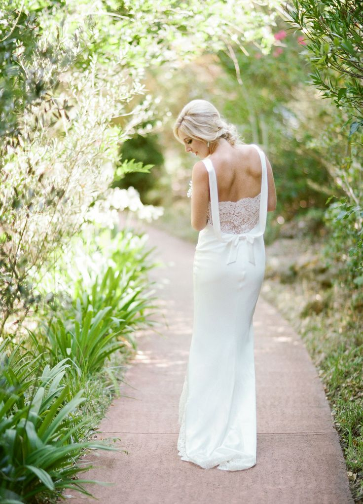 David Fielden wedding dress - see more https://www.fabmood.com/open-back-wedding-dresses/