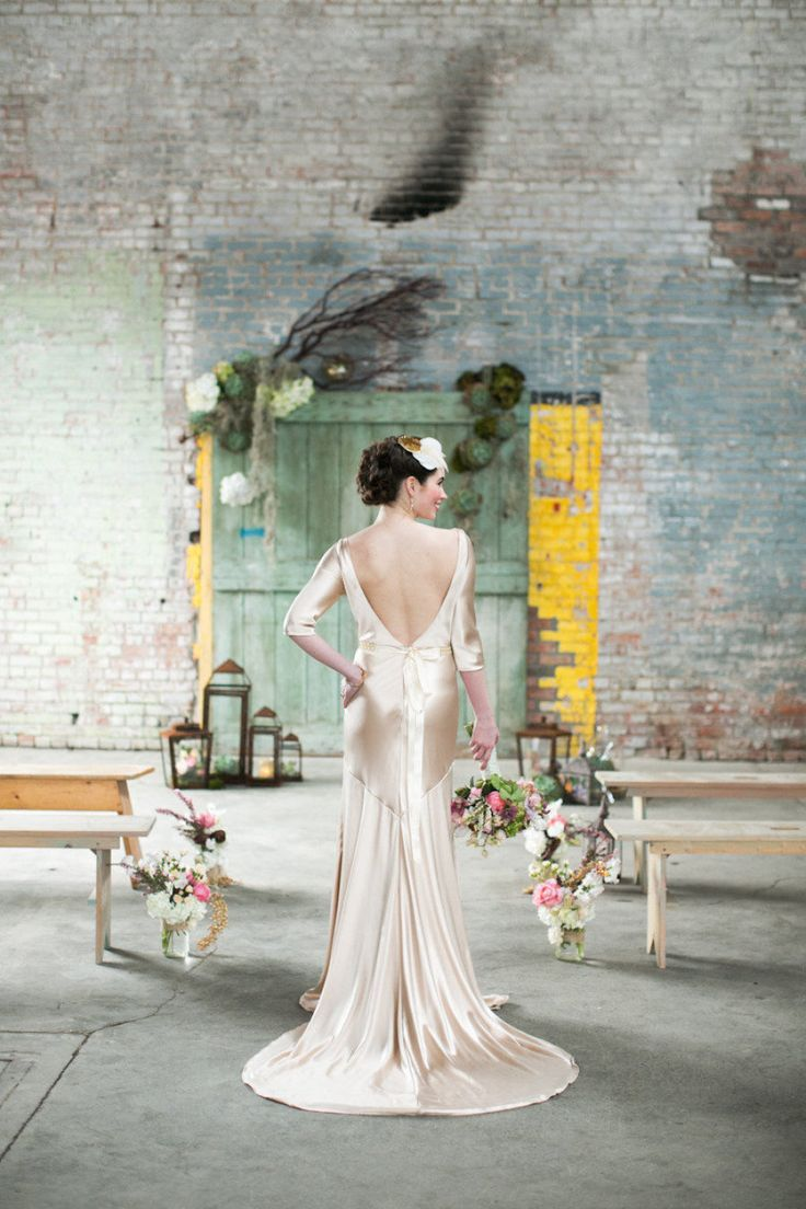 Schone Bridal Wedding Dress