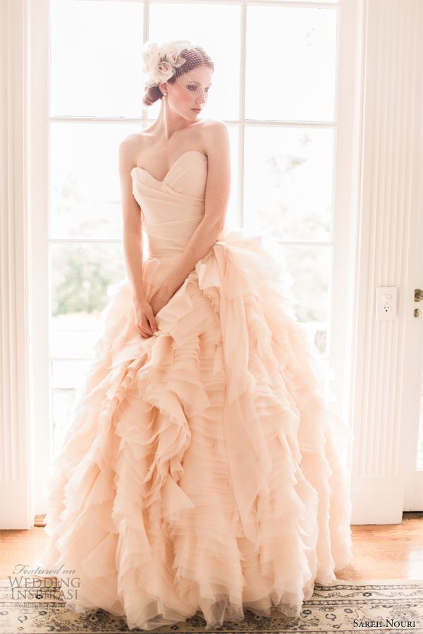 Pink wedding color schemes light pink wedding color ideas for Fuchsia dress for wedding