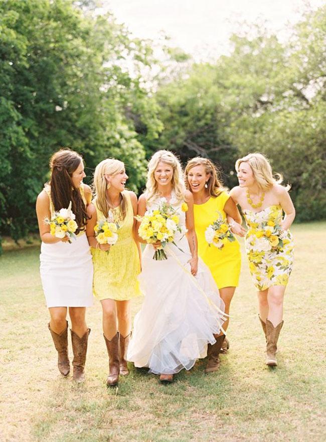 Yellow green wedding colors yellow green wedding motif yellow bridesmaids junglespirit Choice Image