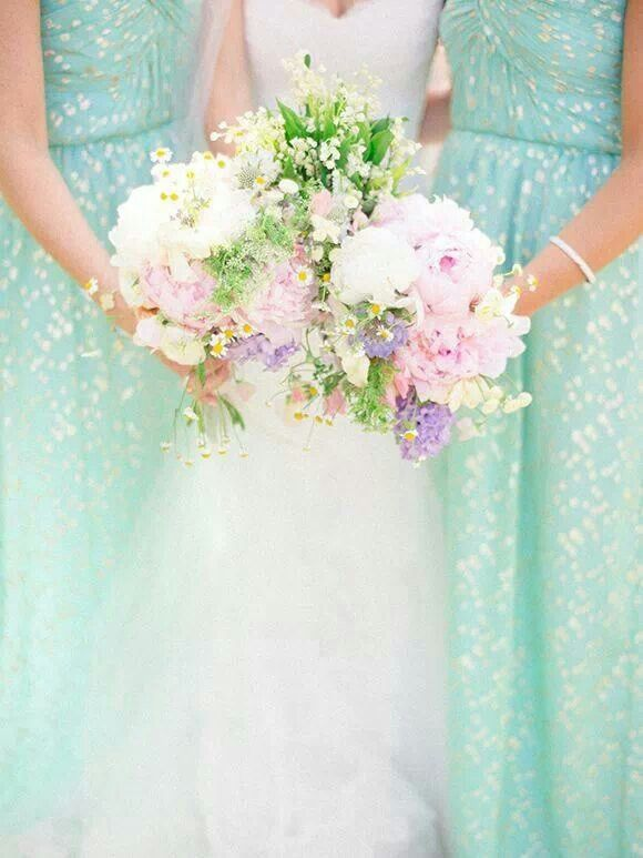 mint bridesmaids,mint and gold wedding