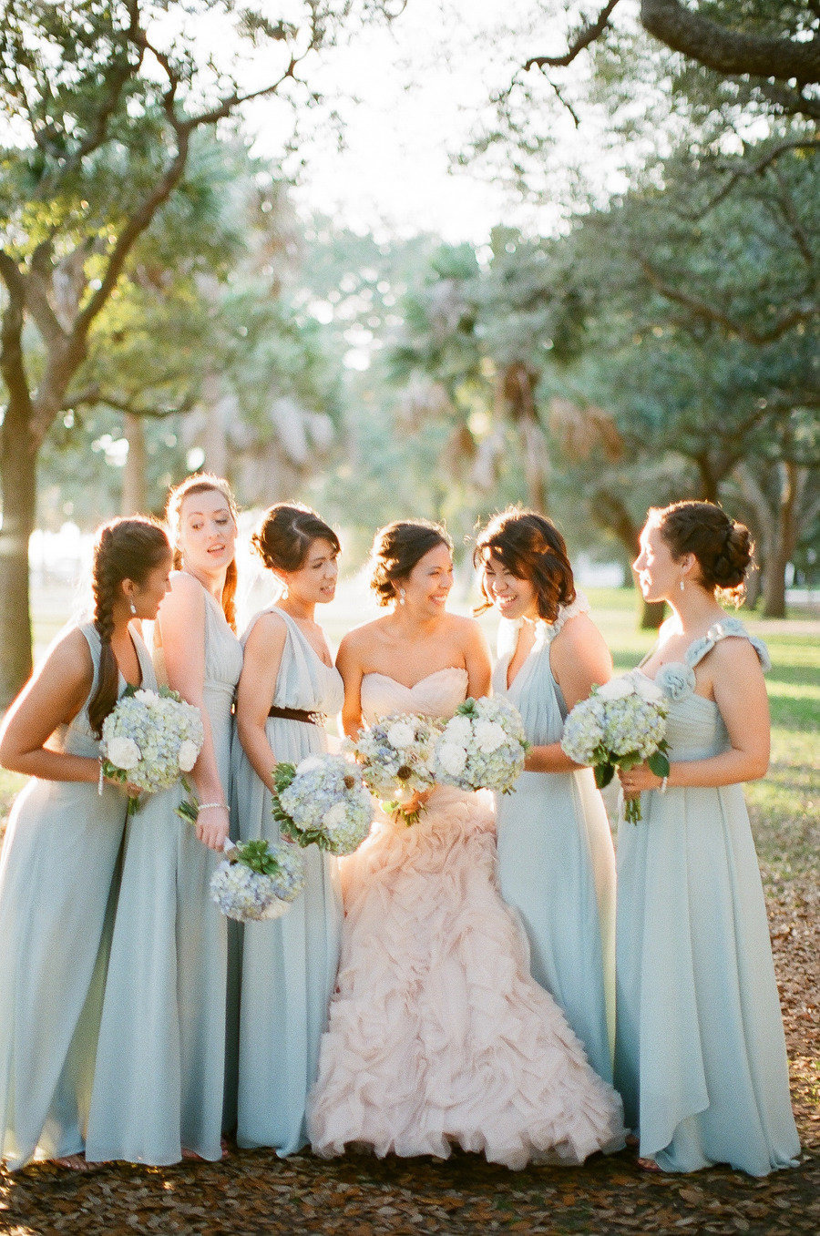 light blue bouquet,Glamour blue and gold wedding palette - see more https://www.fabmood.com/light-blue-gold-wedding-colors/ blue gold wedding,blue gold wedding theme,blue gold wedding ideas