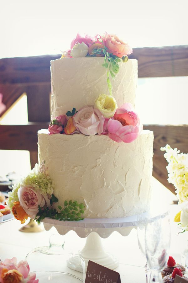 cake flavours buttercream wedding cake icing buttercream wedding cake