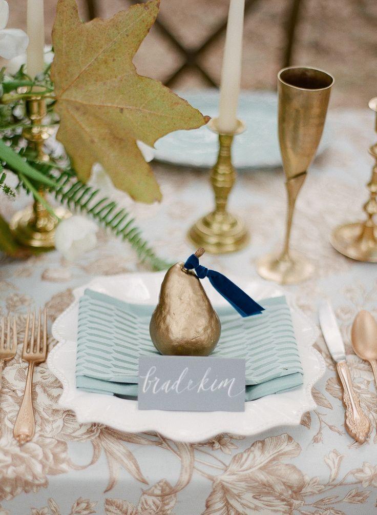 something blue wedding,blue wedding table setting ideas