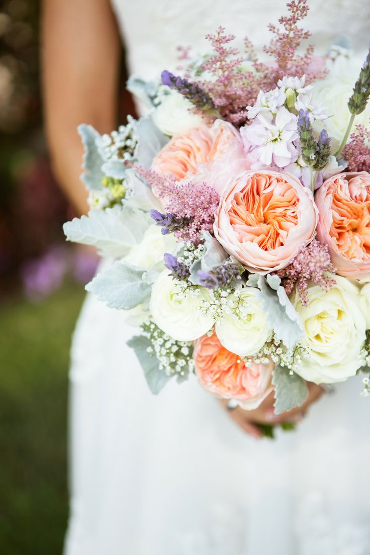 peach garden roses bouquet