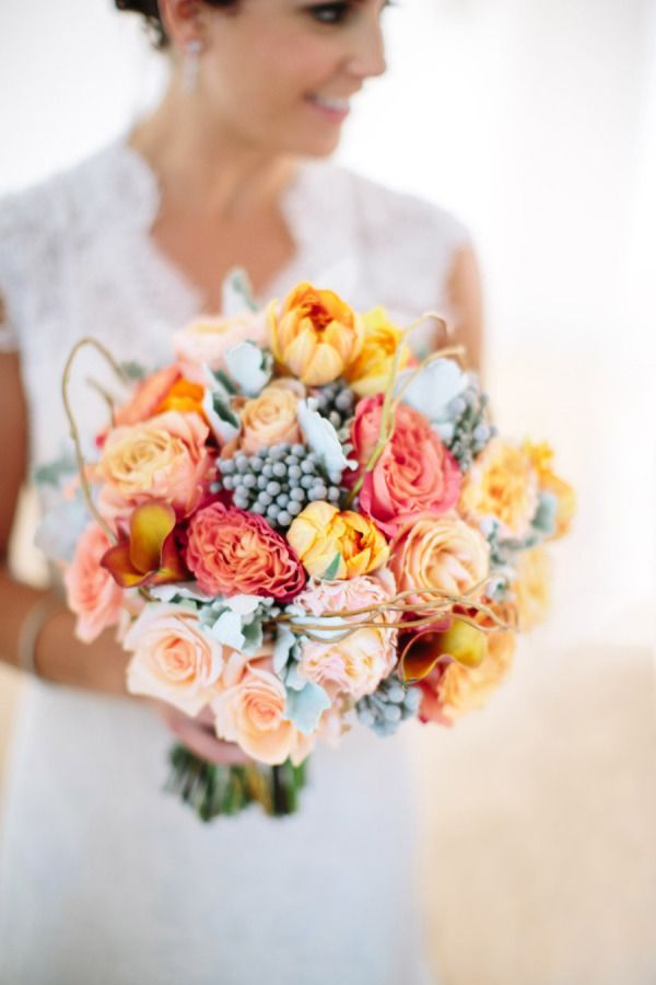 grey and peach bouquet,peach wedding bouquet