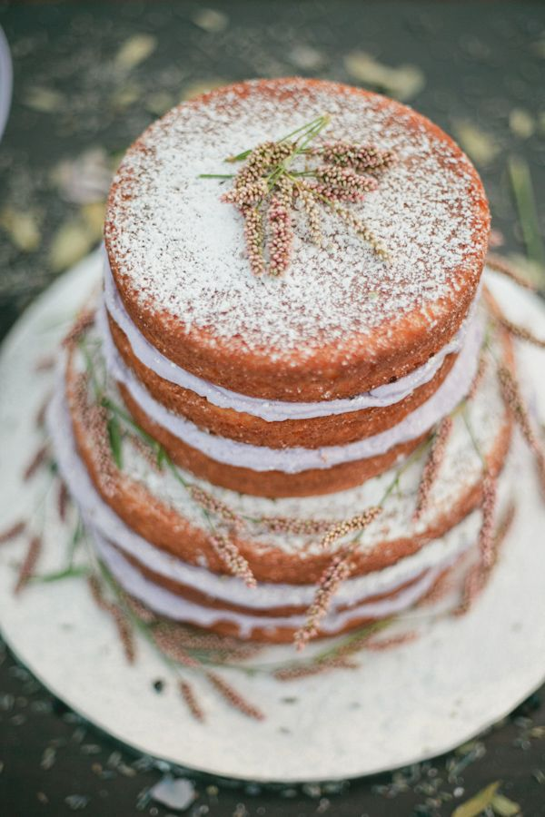 naked lavender wedding cake,lavender wedding cakes,rustic lavender wedding cake